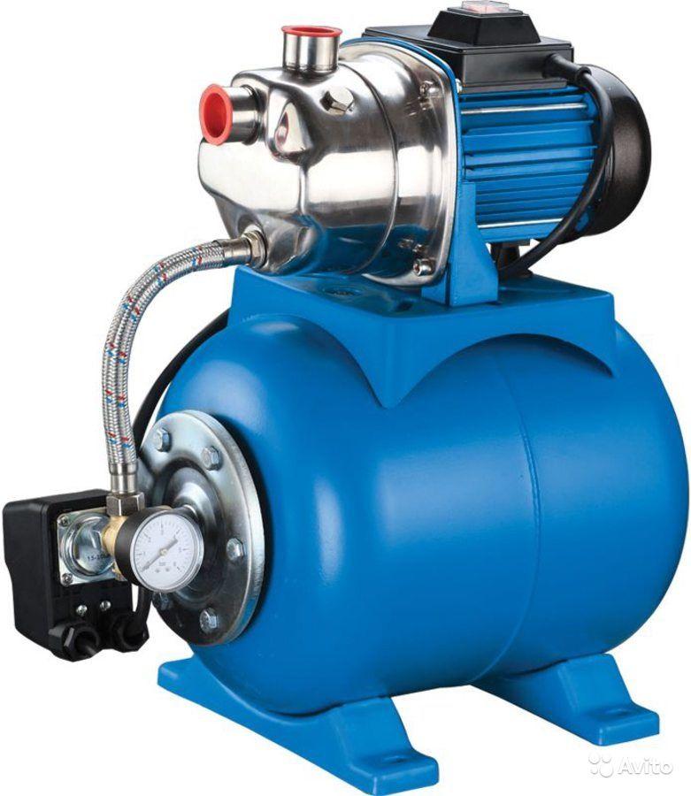Насос Калибр СВД -1350 ННасосы<br>Станция водоснабжения Калибр СВД-1350Н предназначена для создания водопроводной сети.<br><br>Глубина погружения: 8 м<br>Максимальный напор: 46 м<br>Напряжение сети: 220/230 В<br>Потребляемая мощность: 1350 Вт<br>Качество воды: чистая<br>Установка насоса: горизонтальная