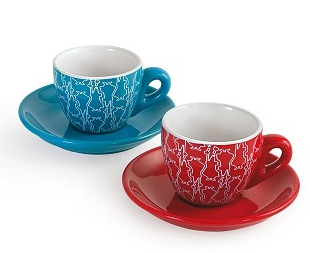 Чашка Bialetti Colorati 136Аксессуары для кофемашин<br>Биалетти обновляет дизайн кофейных чашек. Наслаждайтесь кофе! Простой ежедневный обряд, становится особенным благодаря Биалетти.<br>Новизна, функциональность и дизайн. Многообразие цветов и форм, с использованием современной интерпретации. Создаст запоминающиеся моменты времяпровождения как наедине с собой, так и в теплой компании близких и друзей.<br><br>Тип: чашка<br>Описание: объем 40 мл.