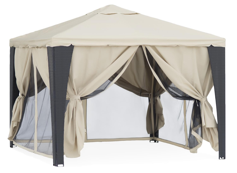 Садовый тент-шатер Green Glade 3176Садовые тенты и шатры<br>Садовый тент шатер Green Glade 3176- это один из необходимых предметов для комфортного отдыха на природе и это не удивительно. Ведь с его помощью можно быстро создавать комфортные условия на открытом воздухе. Тент эффективно защищает от яркого солнца и дождя. Материал шатра изнутри имеет прорезиненную основу. Он позволяет наслаждаться отдыхом без надоедливых комаров и других летающих насекомых.<br><br>Тип: Садовый тент-шатер<br>Покрытие: полиэстер 250 г. с водоотталкивающей пропиткой<br>Каркас: металлическая трубка (20х20) + стойки из искусственного ротанга<br>Размеры упаковки: 201х57х16 см