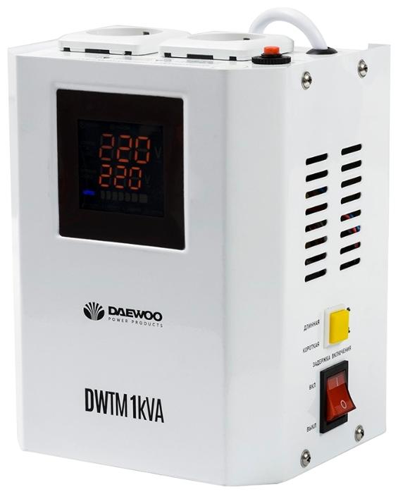 Стабилизатор напряжения Daewoo DW-TM1kVAСтабилизаторы напряжения<br>- Диапазон работы от 140 до 270В<br>- Многофункциональный цветной дисплей<br>- Управление на основе микропроцессора<br>- Медная катушка автотрансформатора<br>- Управляющие реле гарантируют высокую точность<br>- Задержка включения гарантирует защиту оборудования<br>- Принудительная система охлаждения<br>- 6 степеней защиты<br><br>Тип: стабилизатор напряжения