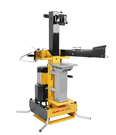 Дровокол AL-KO LHS 7000Дровоколы<br>Мощный дровокол для дров длиной до 1050 мм. Исключительно устойчивая конструкция. Легкая транспортировка, компактное хранение. Откидывающийся в сторону дополнительный стол для раскалывания. 400 В.<br><br>Тип: дровокол<br>Мощность двигателя, Вт: 3 500<br>Рабочее давление, тонн: 7<br>Максимальная длина бревна, см: 55 / 105