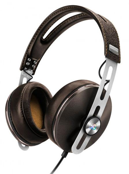 Наушники Sennheiser Momentum 2.0 Over-Ear (M2 AEI) BrownНаушники и гарнитуры<br>Составляющие успеха наушников Sennheiser Momentum 2.0 Over-Ear (M2 AEI) Brown.<br>Наушники Sennheiser Momentum 2.0 Over-Ear (M2 AEI) Brown с большими охватывающими амбушюрами и кожаным оголовьем понравятся всем, кто любит по-настоящему красивые и качественные вещи. Потрясающий звук, роскошный дизайн, оптимальная цена — у этой модели есть все главные составляющие успеха, которым, надо сказать, она уже давно пользуется.<br>Наденьте эти наушники, синхронизируйте со своим айфоном, ощутите мягкость ткани амбушюр, нежность кожи оголовья, а затем почувствуйте всю мощь и чистоту звучания ваших...<br><br>Тип: наушники<br>Тип акустического оформления: Закрытые<br>Тип подключения: Проводные<br>Номинальная мощность мВт: 200<br>Диапазон воспроизводимых частот, Гц: 16 - 22000<br>Сопротивление, Импеданс: 18 Ом<br>Чувствительность дБ: 113<br>Микрофон: есть<br>Частотный диапазон микрофона, Гц: 100 - 10000