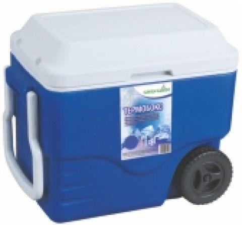 Термобокс Green Glade С22420Термосумки<br>Вместительный изотермический контейнер для хранения, переноски и перевозки холодных и горячих продуктов. Имеет большой объем 42 л, оснащен удобными колесиками для перевозки с места на место. Незаменим во время отдыха на природе, на пикниках, в дальней поездке, в туризме и т. п. Может использоваться в профессиональной сфере для хранения продуктов, напитков или мороженного. <br><br>Контейнер Green Glade 42 л, арт. С22420 долго сохраняет температуру продуктов. Многие люди покупают его, чтобы доставить на дачу или домой продукты охлажденными и неиспорченными. Эргономичность...<br><br>Тип: термобокс<br>Объем, л: 42<br>Материал: изотермический корпус с наполнением из полиуретана