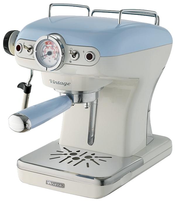 Кофеварка Ariete 1389 Vintage BlueКофеварки и кофемашины<br>Кофеварка Ariete 1389 Vintage станет отличным подарком для людей с безупречным вкусом. Стиль винтаж, привлекательный внешний вид, отличные рабочие характеристики делают ее отличным инструментом для создания кофейных шедевров. Хотите не просто пить кофе, а наслаждаться каждым глотком? Эта кофеварка превратит ваш дом в уютную кофейню, позволит смаковать напитки, которые будут ничем не хуже тех, что подают в ресторане. Приготовление порции кофе станет простым и приятным.<br><br>Купить кофеварку Ariete 1389 – пить не только эспрессо, но и капучино. Она имеет специальное...<br><br>Тип : капельная кофеварка<br>Тип используемого кофе: Молотый\Чалды<br>Мощность, Вт: 900<br>Объем, л: 0.9<br>Давление помпы, бар  : 15<br>Материал корпуса  : Пластик<br>Одновременное приготовление двух чашек  : Есть<br>Съемный лоток для сбора капель  : Есть