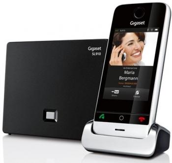 Радиотелефон Gigaset SL910 Metal/Black (Siemens)Радиотелефон Dect<br>Gigaset sl910 metal/black для самых современных!<br>Наше время вполне можно назвать «эпохой смартфонов». Ведь сегодня найти человека, который пользуется кнопочным телефоном — большая редкость. Смартфоны сумели полностью заменить не только обычные телефоны, фотоаппараты, но даже компьютеры! Это значит, что пришло самое время поменять ваш старенький домашний телефон на новенький умный радиотелефон Gigaset sl910 metal/black! Ведь он не только выглядит как смартфон, у него есть все функции и возможности современного смартфона!<br>Сенсорный дисплей 3,2, возможность отправки...<br><br>Тип: Радиотелефон<br>Количество трубок: 1<br>Стандарт: DECT/GAP<br>Радиус действия в помещении / на открытой местност: 50 / 300 м<br>Возможность набора на базе: Нет<br>Проводная трубка на базе : Нет<br>Время работы трубки (режим разг. / режим ожид.): 14 / 200 ч<br>Полифонические мелодии: 40<br>Дисплей: цветной, сенсорный, 3.2<br>Возможность настенного крепления: Есть