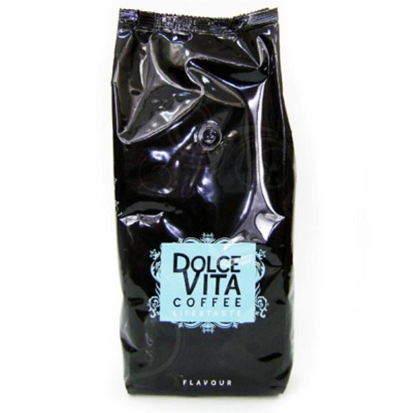 Кофе в зернах Dolce Vita Flavour 1 кгКофе, какао<br>В Кофе зерно Dolce Vita Flavour 1 кг присутствует баланс между робустой и арабикой, который подчеркивает точку контакта между различными сортами.<br><br>Кофе зерно Dolce Vita Flavour 1 кг обладает интенсивным, но нежным ароматом и длительным послевкусием.<br><br>Тип: кофе в зернах<br>Состав: 50% Арабика/ 50% Робуста<br>Дополнительно: состав: 50% Арабика, 50% Робуста