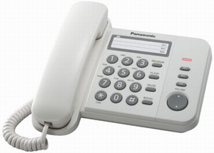 Проводной телефон Panasonic KX-TS2352RUWПроводные телефоны<br><br><br>Тип: проводной телефон<br>Количество линий : 1<br>Однокнопочный набор (количество кнопок): 3<br>Переадресация (Flash): есть<br>Повторный набор номера: есть<br>Тональный набор: есть<br>Кнопка выключения микрофона: есть<br>Регулятор уровня громкости: есть<br>Возможность настенной установки: есть<br>Порт для дополнительного оборудования: есть