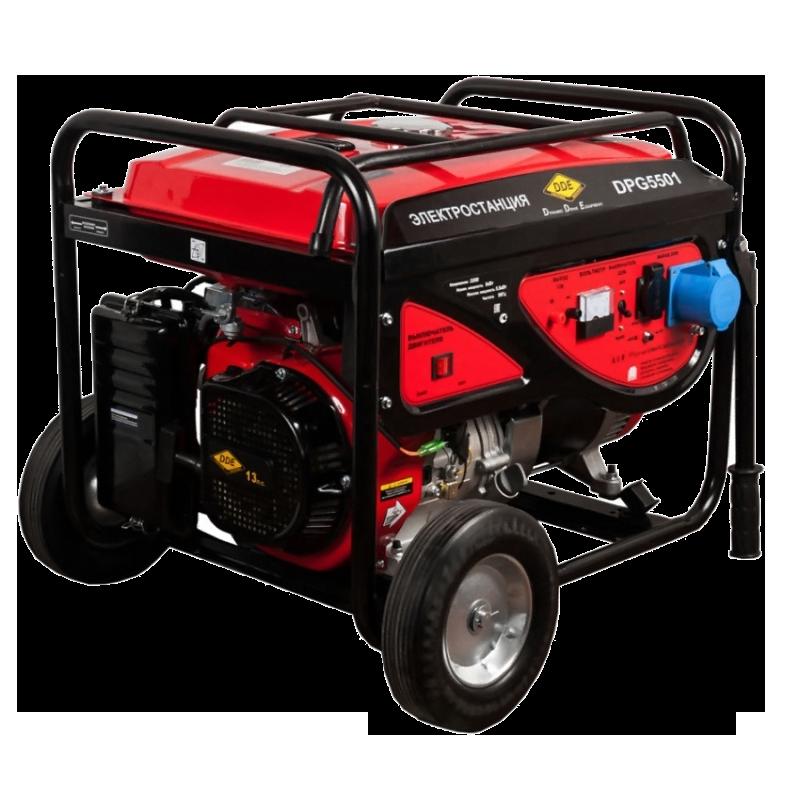 Электрогенератор DDE DPG5501Электрогенераторы<br><br><br>Тип электростанции: бензиновая<br>Тип запуска: ручной<br>Число фаз: 1 (220 вольт)<br>Объем двигателя: 389 куб.см<br>Мощность двигателя: 13 л.с.<br>Тип охлаждения: воздушное<br>Объем бака: 25 л<br>Тип генератора: синхронный<br>Активная мощность, Вт: 5000<br>Защита от перегрузок: есть