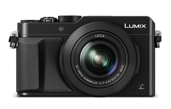 Цифровой фотоаппарат Panasonic DMC-LX100EEKЦифровые фотоаппараты<br>С цифровым фотоаппаратом от PANASONIC Вы сможете запечатлеть самые важные события из жизни в наилучшем качестве. Модель PANASONIC LUMIX DMC-LX100 black &amp;#40;DMC-LX100EEK&amp;#41; обеспечивает свободу творчества, благодаря различным эффектам и фильтрам. Например, при полностью открытой диафрагме Вы можете создавать фотографии с эффектом размытия в зоне расфокусировки, а длительная выдержка позволяет оставлять необычные световые полосы. <br><br>Фотоаппарат оснащен объективом LEICA DC VARIO-SUMMILUX со светосилой F1.7-2.8 и оптической стабилизацией изображения. Оптическая система состоит из...<br><br>Стабилизатор изображения: Оптический<br>Носители информации: SD, SDHC, SDXC<br>Цвет: Чёрный<br>Кроп фактор: 2<br>Тип матрицы: CMOS<br>Размер матрицы: 4/3 (Four Thirds) (17.3 x 13.0 мм)<br>Чувствительность: 100 - 3200 ISO, Auto ISO