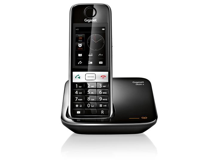 Радиотелефон Gigaset S820AРадиотелефон Dect<br>Gigaset s820a — удовольствие и экономия.<br>Общаться в свое удовольствие и экономить. Разве такое возможно? Да, это реально! Радиотелефон Gigaset s820a умеет переключаться в специальный экономный режим работы, который сбережет ваши расходы на оплату электроэнергии! Это, кстати, только один из плюсов данной модели.<br>Невероятно стильный, удобный, легкий и простой в управлении, радиотелефон имеет даже такие функции, как цифровой автоответчик, определитель номера, запись разговора, Bluetooth, сервис отправки SMS, а также громкую, внутреннюю и конференц-связь.<br>Купить...<br><br>Тип: Радиотелефон<br>Количество трубок: 1<br>Стандарт: DECT/GAP<br>Радиус действия в помещении / на открытой местност: 50 / 300<br>Возможность набора на базе: Нет<br>Проводная трубка на базе : Нет<br>Время работы трубки (режим разг. / режим ожид.): 20 /250<br>Полифонические мелодии: 20<br>Дисплей: TFT-VA с большими углами обзора<br>Подсветка кнопок на трубке: Есть