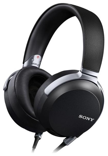 Наушники Sony MDR-Z7Наушники и гарнитуры<br>Sony MDR-Z7 — профессиональная модель для профессионалов.<br>Наушники высокого разрешения Sony MDR-Z7 — это профессиональная модель, ориентированная на тех, кто хорошо разбирается в звучании и, конечно же, на тех, чья работа связана непосредственно со звуком.<br>Эти наушники на «отлично» справляются с максимально естественным воспроизведением аудиофайлов. Все потому, что в их динамики встроена особая жидкокристаллическая полимерная пленка, еще больше улучшающая качество звучания. Разумеется, огромную роль играет и частотный диапазон — от 4 до 100000 Гц. Впечатляющие...<br><br>Тип: наушники<br>Тип акустического оформления: Закрытые<br>Вид наушников: Мониторные<br>Тип подключения: Проводные<br>Номинальная мощность мВт: 2000<br>Диапазон воспроизводимых частот, Гц: 4 - 100000<br>Сопротивление, Импеданс: 70 Ом<br>Чувствительность дБ: 102