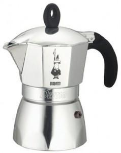 Кофеварка Bialetti Dama 9 п. 2155Кофеварки и кофемашины<br>Инновационная элегантная кофеварка. Кофе на ваш вкус благодаря возможности выбора количества кофе и смешиванию сортов кофе. Корпус из полированного алюминия. Нескользящая силиконовая ручка с металлической вставкой повторяет форму кнопки. Кнопка давления вынимается и промывается.<br><br>- Упаковка: коробка <br>- Применение: Для приготовления кофе на электрических и газовых плитах, а так же других нагревающих поверхностях.<br><br>Тип : гейзерная кофеварка<br>Тип используемого кофе: Молотый<br>Объем, л: 0.36<br>Материал корпуса  : алюминий
