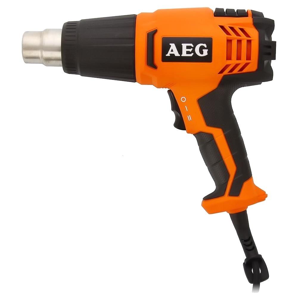 Фен строительный AEG 441015 HG560DФены строительные<br>Пистолет AEG HG560D 441015 имеет мощность 1500 Вт. Область применения - нагрев материалов при выполнении самых различных работ &amp;#40;от сдирания старой краски до размораживания труб&amp;#41;. В теплопистолете предусмотрены два режима регулировки температуры и два режима регулировки скорости воздушного потока, что позволяет выбрать необходимые параметры для работы с различными материалами.<br><br>Тип: фен строительный<br>Потребляемая мощность, Вт: 1500<br>Температура: 300/560 град<br>Поток воздуха: 400-450 л/мин<br>Количество режимов: 2