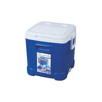 Термобокс Green Glade С22460Термосумки<br>Вместительный изотермический контейнер для хранения, переноски и перевозки холодных и горячих продуктов. Имеет большой объем - 46 л. Незаменим во время отдыха на природе, на пикниках, в дальней поездке, в туризме и т. п. Может использоваться в профессиональной сфере для хранения продуктов, напитков или мороженного. <br><br>Контейнер Green Glade 46 л, арт. С22460 долго сохраняет температуру продуктов. Многие люди покупают его, чтобы доставить на дачу или домой продукты охлажденными и неиспорченными. Эргономичность и долговечность этой модели, сделали ее популярной...<br><br>Тип: термобокс<br>Объем, л: 46<br>Материал: изотермический корпус с наполнением из полиуретана