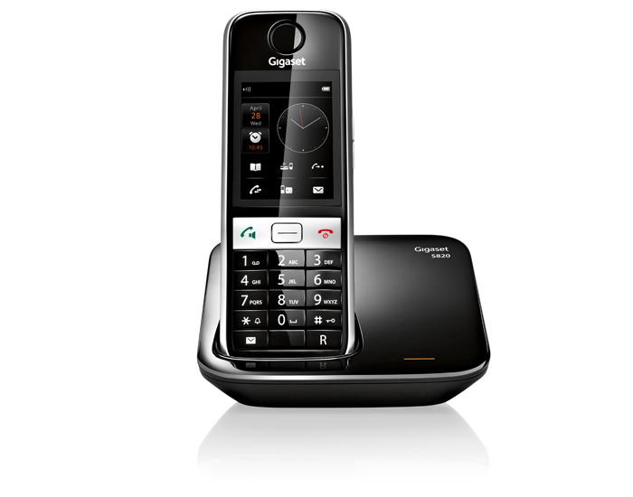 Радиотелефон Gigaset S820Радиотелефон Dect<br>Gigaset s820 для ценителей прекрасного.<br>Чтобы узнать, как выглядит предмет настоящего современного искусства, вовсе не обязательно отправляться в музей. Достаточно взглянуть на радиотелефон Gigaset s820, чтобы убедиться: это — самый настоящий шедевр! Изящные линии, фирменный стиль, безупречный вкус — такой телефон понравится каждому ценителю прекрасного.<br>Возможно, вы удивитесь, но изысканный дизайн — далеко не единственное достоинство этой модели. Он великолепен не только внешне, но и по своим характеристикам и возможностям. Внутренняя и конференц-связь,...<br><br>Тип: Радиотелефон<br>Количество трубок: 1<br>Стандарт: DECT/GAP<br>Радиус действия в помещении / на открытой местност: 50 / 300<br>Возможность набора на базе: Нет<br>Проводная трубка на базе : Нет<br>Время работы трубки (режим разг. / режим ожид.): 20 /250<br>Полифонические мелодии: 20<br>Дисплей: TFT-VA с большими углами обзора<br>Подсветка кнопок на трубке: Есть