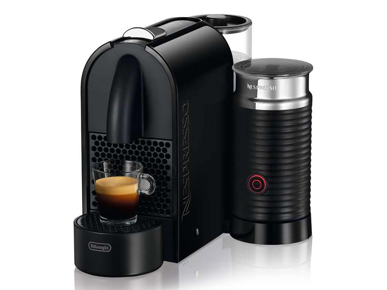 Кофемашина Delonghi EN 210 Nespresso BAE BlackКофеварки и кофемашины<br>Delonghi en 210.bae — ваша домашняя кофейня.<br> С появлением в вашем доме кофемашины Delonghi en 210 у вас пропадет необходимость, а также всякое желание ходить в кофейни! Все правильно: зачем ходить в дорогие кофейни, когда вы можете приготовить потрясающий настоящий капучино, эспрессо или латте прямо у себя дома? Насыщенный вкус кофе из лучших сортов арабики — оказывается, приготовить его можно очень просто и быстро! Достаточно всего лишь вставить в вашу кофеварку en 210.bae капсулу и нажать на кнопку включения. Немного подождем, а затем наслаждается фантастически...<br><br>Тип : капсульная кофемашина<br>Тип используемого кофе: Капсулы<br>Мощность, Вт: 1260<br>Объем, л: 0.8<br>Давление помпы, бар  : 19
