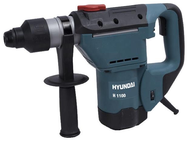Перфоратор Hyundai H 1100Перфораторы<br><br><br>Тип крепления бура: SDS-Plus<br>Количество скоростей работы: 1<br>Потребляемая мощность: 1050 Вт<br>Макс. энергия удара: 4 Дж<br>Макс. диаметр сверления (дерево): 36 мм<br>Макс. диаметр сверления (металл): 13 мм<br>Макс. диаметр сверления (бетон): 32 мм<br>Питание: от сети<br>Возможности: фиксация шпинделя, электронная регулировка частоты вращения
