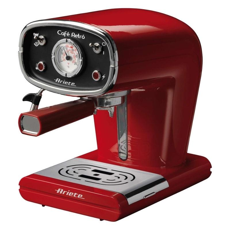 Кофеварка Ariete 1388 Retro RedКофеварки и кофемашины<br>Кофеварка Ariete 1388 Red Retro – стильный и функциональный прибор для быстрого приготовления вашего любимого кофе. Это не просто кофеварка, это настоящее украшение интерьера, ее ретро-дизайн порадует всех ценителей аристократичного итальянского стиля. Округлые линии корпуса, сияющие металлические детали, большой термометр на передней панели – все это придает устройству неповторимый шарм. Если вы хотите приобрести красивый и надежный прибор для приготовления кофе и вам нравится винтажная техника, стоит купить эту модель.<br><br>Данная модель проста в...<br><br>Тип используемого кофе: Молотый\Чалды<br>Мощность, Вт: 900<br>Объем, л: 1<br>Давление помпы, бар  : 15<br>Материал корпуса  : Металл<br>Одновременное приготовление двух чашек  : Есть<br>Съемный лоток для сбора капель  : Есть