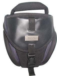 Кофр Dicom ProTex S1530 синийСумки, рюкзаки и чехлы<br>Компактная и удобная сумка, изготовленная из гладкого водонепроницаемого нейлона, особая текстура которого препятствует ее быстрому загрязнению. Сумка предназначена для транспортировки небольшой зеркальной фотокамеры, дополнительного объектива и аксессуаров. Двойная подкладка обеспечивает надежную защиту оборудования от механических воздействий. Для транспортировки предусмотрены ручка и плечевой ремень с мягкой подкладкой.<br><br>Тип: чехол