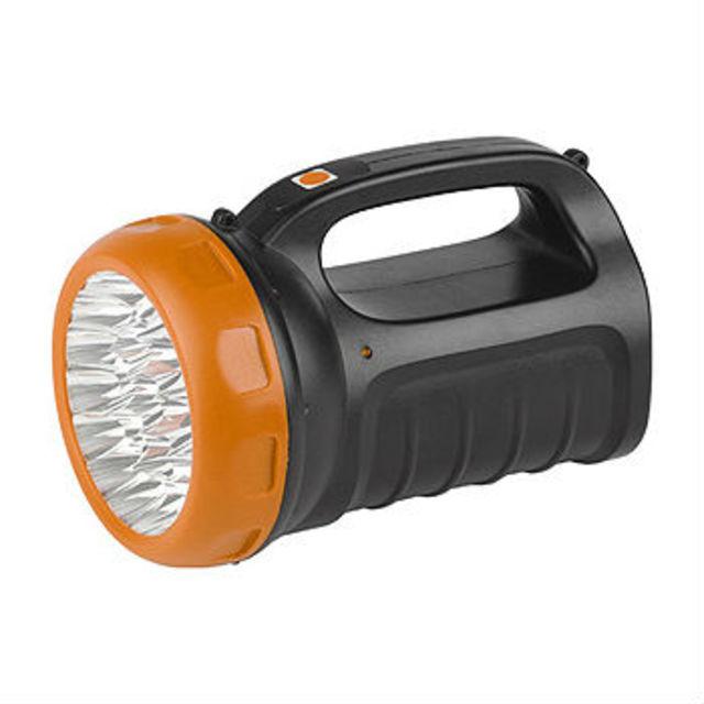 Фонарь Трофи TSP23Фонари<br>Фонарик аккумуляторный светодиодный Трофи TSP23 - удобная модель светодиодного фонарика-прожектора на аккумуляторе со встроенным светильником. Отлично подойдет как для домашнего использования,&amp;nbsp;&amp;nbsp;так и для активного отдыха на природе благодаря его мощному излучению света. С большим ресурсом работы и хорошим световым излучением. Фонарь имеет отсоединяемый шнур питания и ремешок для удобного пользования.<br>