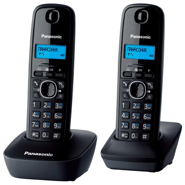 Радиотелефон Panasonic KX-TG1612RUHРадиотелефон Dect<br>Panasonic kx tg1612ruh: все требования в одной модели.<br>Конечно, когда принимаешь решение купить радиотелефон, хочется, чтобы он был не только удобным и недорогим, но еще и красивым. Компании Panasonic удалось самым чудесным образом объединить все эти три требования в одной модели. Смотрите сами, перед вами радиотелефон Panasonic kx tg1612ruh!<br>Удобные мягкие кнопки, обтекаемая форма корпуса, весь необходимый функционал и целых две радиотрубки в комплекте — база и дополнительная трубка. Стоит ли говорить о внешнем виде этой модели? Вы все видите сами: такой радиотелефон...<br><br>Тип: Радиотелефон<br>Количество трубок: 2<br>Рабочая частота: 1880-1900 МГц<br>Стандарт: DECT/GAP<br>Радиус действия в помещении / на открытой местност: 50/300 м<br>Возможность набора на базе: Нет<br>Проводная трубка на базе : Нет<br>Дисплей: монохромный дисплей<br>Возможность настенного крепления: Есть<br>Журнал номеров: 50