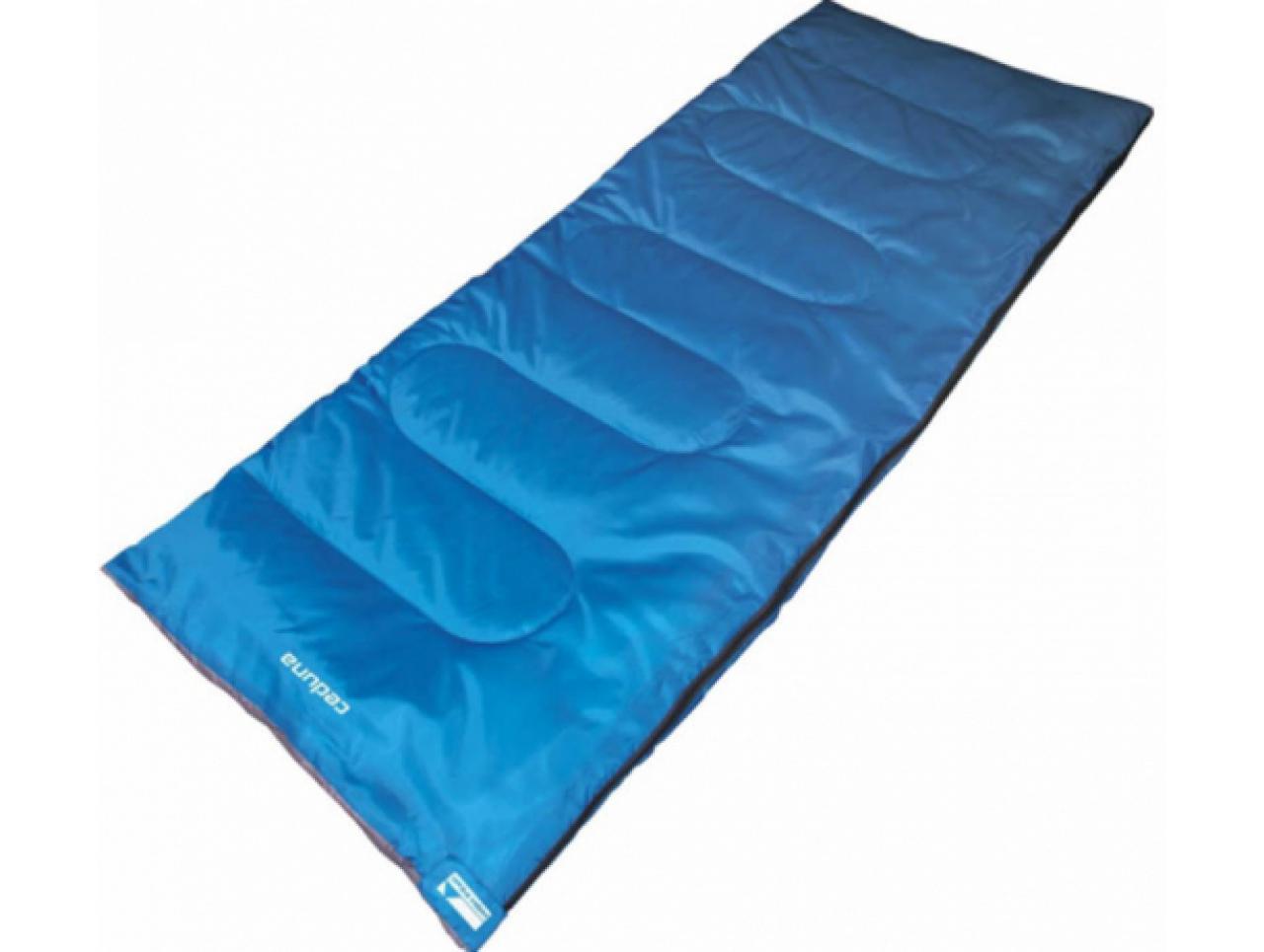 Спальный мешок High Peak Ceduna  20058FZСпальные мешки<br>Внешняя ткань спальника High Peak Ceduna 20058FZ - полиэстер, а внутренняя - хлопок с добавлением полиэстера.<br><br>Преимущества спальника HIGH PEAK Ceduna 20058FZ<br>- Возможность использования как одеяло;<br>- Двухсторонняя молния по всей длине;<br>- Температура комфорта: &amp;#43; 10°С;<br>- Состёгивание с аналогичным спальником;<br>- Небольшой вес;<br>- Износоустойчивость;<br>- Легко стирать;<br>- Нижняя температура комфорта &amp;#43;6° С;<br>- Внутренний карман.<br><br>Тип: спальный мешок<br>Температура комфорта: + 10°С<br>Наружный материал: полиэстер<br>Внутренний материал: полиэстер (65% Polyester, 35% Cotton)<br>Наполнитель: синтетика (Polyester Hollow Fiber 1x300 г/кв. м, 950 г)