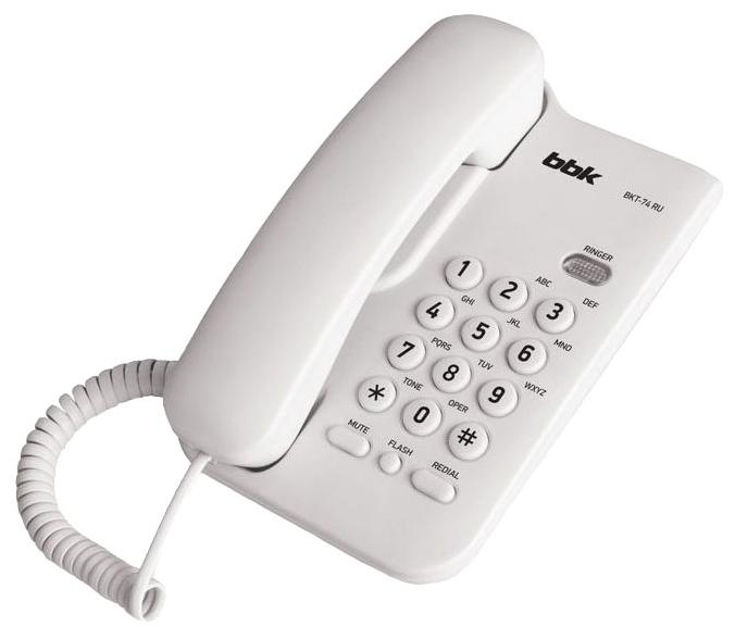 Проводной телефон BBK BKT 74 RU WhiteПроводные телефоны<br><br><br>Тип: проводной телефон<br>Память (количество номеров): нет<br>Однокнопочный набор (количество кнопок): нет<br>Переадресация (Flash): нет<br>Повторный набор номера: есть<br>Тональный набор: есть<br>Кнопка выключения микрофона: есть<br>Возможность настенной установки: есть