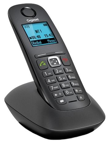 Радиотелефон Gigaset A540 BlackРадиотелефон Dect<br><br><br>Тип: Радиотелефон<br>Количество трубок: 1<br>Рабочая частота: 1880-1900<br>Стандарт: DECT/GAP<br>Радиус действия в помещении / на открытой местност: 50 / 300 м<br>Возможность набора на базе: Нет<br>Проводная трубка на базе : Нет<br>Время работы трубки (режим разг. / режим ожид.): 18 / 200 ч<br>Полифонические мелодии: 20<br>Дисплей: на трубке (монохромный с подсветкой)