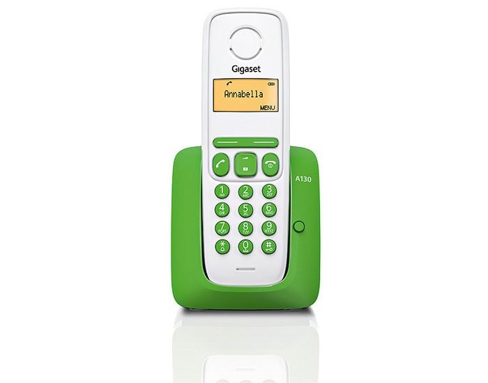 Радиотелефон Gigaset A130 GreenРадиотелефон Dect<br>Gigaset a130, green выдает рекордные показатели.<br>18 часов работы в режиме разговора и 200 часов — в режиме ожидания. Еще всего несколько лет назад вы могли представить подобное? А теперь это такая же реальность, как и радиотелефон Gigaset a130, green, который вы сейчас видите перед собой на technomart.ru. Именно этот телефон и выдает такие рекордные показатели работоспособности!<br>Яркое сочетание белого и салатового цвета, удобный корпус, мягкие круглые кнопки, контрастный дисплей — все в этом телефоне удивительно гармонично, красиво и очень удобно.<br>Вы обнаружите в этой...<br><br>Тип: Радиотелефон<br>Количество трубок: 1<br>Стандарт: DECT/GAP<br>Радиус действия в помещении / на открытой местност: 50 / 300<br>Время работы трубки (режим разг. / режим ожид.): 18 / 200<br>Дисплей: есть