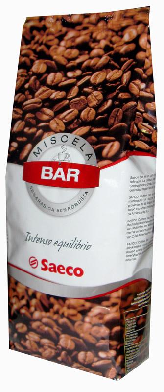 Кофе в зернах Saeco Bar 1кг.Кофе, какао<br><br><br>Тип: кофе в зернах<br>Обжарка кофе: средняя<br>Дополнительно: 50% арабики, 50% робуста. Достаточно высокое содержание кофеина в Saeco Bar повысит жизненный тонус и работоспособность. Насыщенный, очень крепкий, немного терпкий вкус робусты, оттененный благородным ароматом арабики.
