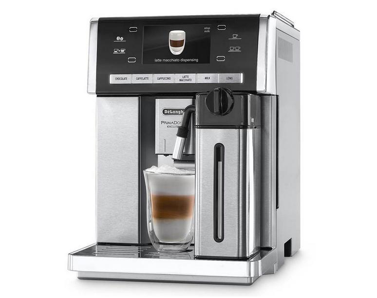 Кофемашина Delonghi ESAM 6904.MКофеварки и кофемашины<br>DeLonghi ESAM 6904 M — машина представительского класса.<br><br> Вы хотите купить не просто кофеварку, а шикарную кофемашину? Тогда кофемашина DeLonghi ESAM 6904 M подойдет вам по всем параметрам и характеристикам. Ее цена, конечно, несколько выше обычных кофемашин. Но ведь речь идет о профессиональной кофемашине класса «люкс», одинаково прекрасной по качеству, функциональности и дизайну.<br><br> Эспрессо, капучино, латте макиато, горячее молоко, шоколад — все эти напитки такая кофемашина готовит автоматически. Вы с легкостью можете сами выбирать желаемую температур, ...<br><br>Тип используемого кофе: Зерновой\Молотый<br>Мощность, Вт: 1350<br>Объем, л: 1.4<br>Давление помпы, бар  : 15<br>Встроенная кофемолка: Есть<br>Емкость контейнера для зерен, г  : 250<br>Подогрев чашек  : Есть