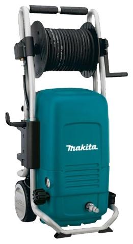 Мойка высокого давления Makita HW151Мойки высокого давления<br>- Оснащена надёжным насосом с керамическими поршнями, которые приводятся в движение системой шатунов, что обеспечивает надёжную и продолжительную работу в тяжёлых условиях<br>- Мощный 2,5 кВт двигатель способен прокачивать 500 литров в час с максимальным давлением 150 Бар<br>- Регулируемое сопло имеет переключатель давление струи &amp;#40;низкое/высокое&amp;#41; и вида распыления &amp;#40;точечное/веерное&amp;#41;<br><br>Давление, Бар: 150<br>Производительность, л/час: 500<br>Материал корпуса насоса: латунь<br>Потребляемая мощность: 2.5 кВт<br>Напряжение сети: 220/230 В<br>Насадки: стандартная<br>Шланг ВД: способ хранения: катушка, длина 10 м