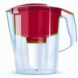 Кувшин Аквафор Гарри RedФильтры и умягчители для воды<br>АКВАФОР Гарри имеет воронку объемом почти два литра и является одним из самых вместительных фильтров-кувшинов. Это позволяет очистить максимальный объем воды за один раз. При очистке используются уникальные волокнистые сорбционные материалы марки АКВАЛЕН.<br><br>Тип: фильтр-кувшин<br>Тип фильтра: кувшин<br>Подключение к водопроводу: нет<br>Ресурс стандартного фильтрующего модуля: 300 л<br>Помпа для повышения давления: нет<br>Максимальная производительность л/мин.: 0,6