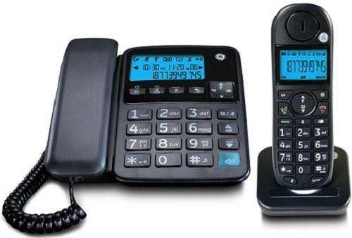 Радиотелефон General Electric RU30554FE2, BlackРадиотелефон Dect<br>General Electric RU30554FE2, Black — рациональный выбор.<br>Радиотелефон General Electric RU30554FE2, Black — это удобная и недорогая модель, которая отлично подойдет как для домашнего, так и для рабочего использования. На базе-станции этого радиотелефона имеется проводная трубка, а также удобная крупная клавиатура со всеми функциональными кнопками. И сама трубка радиотелефона, и база снабжена монохромным дисплеем с яркой голубой подсветкой.<br>Телефонная книга на 50 номеров и автоматический определитель номера придутся очень кстати, ведь теперь у вас отпадет необходимость...<br><br>Тип: Радиотелефон<br>Количество трубок: 2<br>Дисплей: 41 х 27 мм (1,9 дюйма) Синий свет на большом экране<br>Журнал номеров: 10