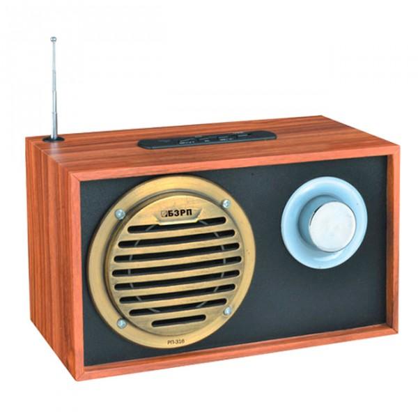 Радиоприемник Сигнал electronics РП-316Радиобудильники, приёмники и часы<br>Диапазона принимаемых частот: УКВ: 88-108 Мгц.<br>Слот для карты памяти: SD.<br>Порты: USB.<br>Питание: сеть, аккумуляторная батарея.<br>Напряжение питания: 4,5В/220В.<br>Емкость аккумуляторной батареи: 900 мАч.<br>Мягкая светодиодная подсветка.<br><br>Тип: Радиоприемник<br>Тип тюнера: Аналоговый<br>Колличество динамиков  : 2<br>Часы: Нет<br>Встроенный будильник  : Нет