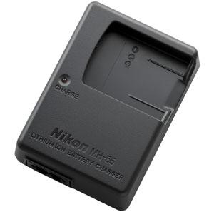 Зарядное устройство Nikon MH-65Аккумуляторы и з/у<br>Зарядное устройство Nikon MH-65 - з/у для литий-ионных батарей Nikon EN-EL12. Устройство оснащено светодиодным индикатором заряда аккумулятора и функцией защиты от перезарядки.<br><br><br>  <br><br><br>Гарантия на зарядное устройство Nikon MH-65: 1 месяц<br><br>Совместимость Nikon MH-65.<br><br><br>  <br><br><br>Зарядка Nikon MH-65 подходит для цифровых фотоаппаратов: Nikon Coolpix AW100, Coolpix AW100s, Coolpix P300, Coolpix S1000pj, Coolpix S1100pj, Coolpix S1200pj, Coolpix S6000, Coolpix S610, Coolpix S6100, Coolpix S610C, Coolpix S6150, Coolpix S620, Coolpix S6200, Coolpix S630, Coolpix S640, Coolpix S70, Coolpix S710, Coolpix S8000, Coolpix S8100, Coolpix S8200, Coolpix S9100<br><br><br>  <br><br><br>Если Вы потеряли свое зарядное устройство, Вы можете воспользоваться...<br>