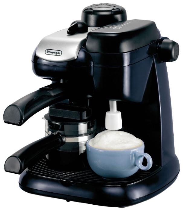 Кофеварка DeLonghi EC 9 Dark BlueКофеварки и кофемашины<br>DeLonghi EC 9 Dark Blue — оптимальность во всем.<br> <br> Тем, кто подыскивает недорогую по цене и оптимальную по функционалу кофемашину, абсолютно точно понравится модель DeLonghi EC 9 Dark Blue. Действительно, эта машинка отличается и симпатичным дизайном, и хорошим набором самых необходимых функций, и, что важно, очень приятной стоимостью. <br> <br> Встроенный капучинатор позволит вам приготовить восхитительный капучино, а если вы предпочитаете более терпкий вкус — выберите бодрящий эспрессо. Прямо на нашем сайте вы можете прочитать отзывы об этой модели. Уверены, что ...<br><br>Тип : кофеварка эспрессо<br>Тип используемого кофе: Молотый<br>Мощность, Вт: 800<br>Давление помпы, бар  : 3.5<br>Материал корпуса  : Пластик<br>Материал рожка  : Пластик<br>Одновременное приготовление двух чашек  : Есть