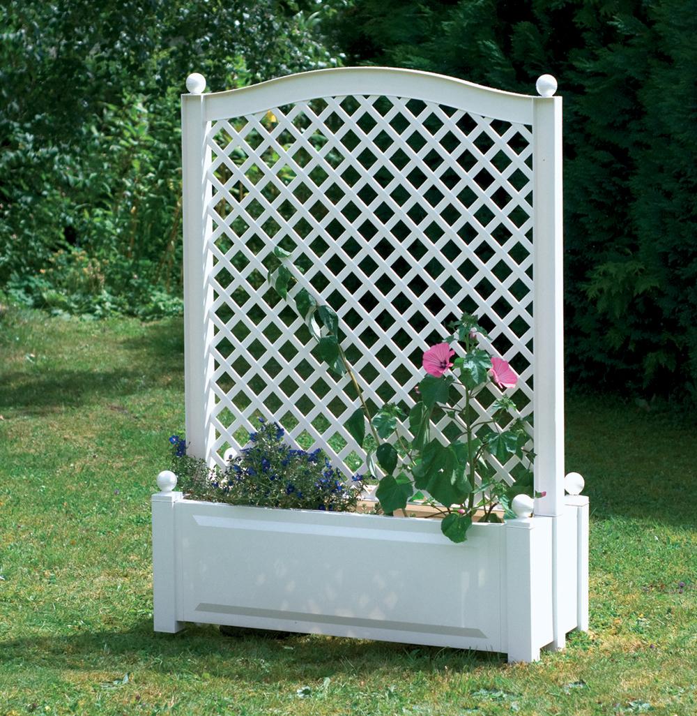 Ящик для растений KHW 37101 WhiteСадовые конструкции<br>Большой ящик для растений KHW 37101 с центральной шпалерой белый<br><br>Большой ящик KHW с центральной шпалерой имеет привлекательный дизайн в белом цвете, который будет стильно и празднично смотреться на садовом участке. Кроме того, такая конструкция привлекательна и с практичной стороны, ведь возвышающаяся шпалера над ящиком будет отличной защитой от ветра и палящего солнца для растений, которые высажены в ящике.&amp;nbsp;&amp;nbsp;Также центральная шпалера выступает опорой для вьющихся растений. Объем клумбы составляет 110 л.<br><br>Вариантов размещения ящика для растений...<br><br>Тип: ящик для растений<br>Объем, л: 110<br>Материал : полипропилен<br>Шпалера в комплекте: есть<br>Колеса: нет