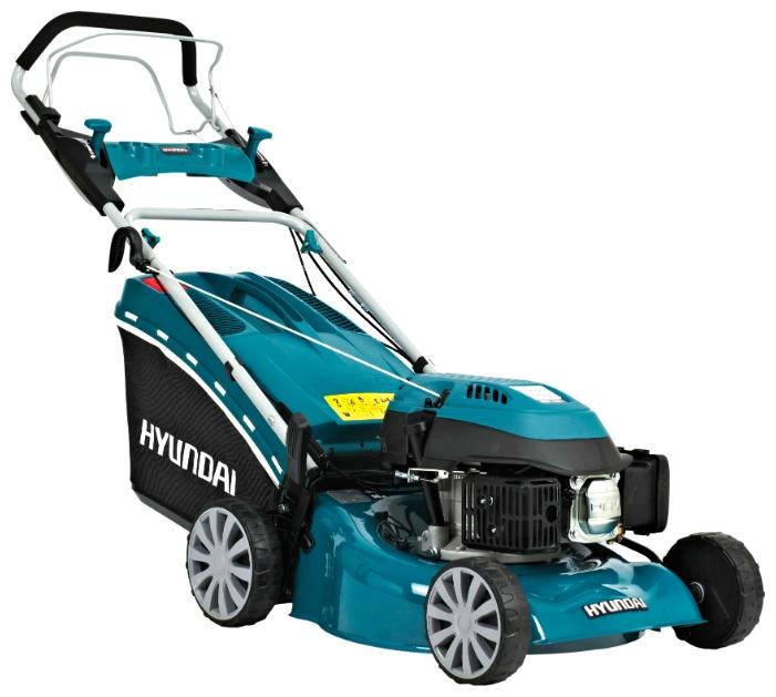 Газонокосилка Hyundai L 4600SГазонокосилки и триммеры<br><br><br>Тип: газонокосилка самоходная, привод задний<br>Тип двигателя: бензиновый, четырехтактный<br>Ширина скашивания, см: 46<br>Регулировка высоты скашивания: есть<br>Тип травосборника: мягкий<br>Уровень шума: 96 дБ<br>Дополнительно: штуцер для подключения промывочного шланга<br>Мощность двигателя (Вт): 2570<br>Мощность двигателя (л.с.): 3.50