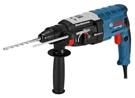 Перфоратор Bosch GBH 2-28 [0611267500]Перфораторы<br>Перфоратор Bosch Professional GBH 2-28:<br><br>- Корпус редуктора из сплава магния для повышения надежности<br>- Шарнирное крепление кабеля для предотвращения разрывов<br>- Поворотный щеткодержатель для одинаковой мощности как при правом, так и при левом вращении<br>- Предохранительная муфта для защиты пользователя и самого инструмента<br>- Реверс для разблокировки заклинившего сверла<br>- Плавная регулировка числа оборотов для точного начала сверления<br>- Кнопка фиксации выключателя для непрерывной и неутомительной работы<br>- Максимальная производительность в своем классе...<br><br>Тип крепления бура: SDS-Plus<br>Количество скоростей работы: 1<br>Потребляемая мощность: 880 Вт<br>Макс. энергия удара: 3.2 Дж<br>Макс. диаметр сверления (дерево): 30 мм<br>Макс. диаметр сверления (металл): 13 мм<br>Макс. диаметр сверления (полой коронкой): 68 мм<br>Питание: от сети<br>Шуруповерт: есть<br>Возможности: реверс, предохранительная муфта, антивибрационная система, фиксация шпинделя, электронная регулировка частоты вращения