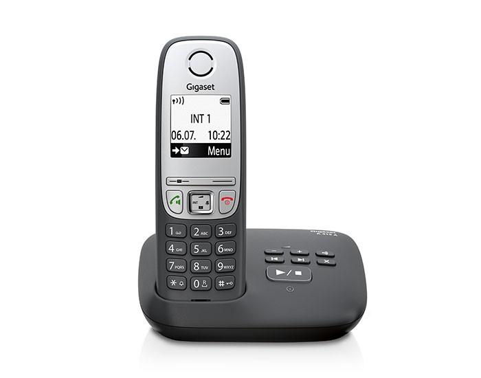 Радиотелефон Gigaset A415A BlackРадиотелефон Dect<br><br><br>Тип: Радиотелефон<br>Количество трубок: 1<br>Стандарт: DECT/GAP<br>Радиус действия в помещении / на открытой местност: 50 / 300<br>Возможность набора на базе: Нет<br>Проводная трубка на базе : Нет<br>Время работы трубки (режим разг. / режим ожид.): 18 / 200<br>Полифонические мелодии: 20<br>Дисплей: черно белый<br>Журнал номеров: 20