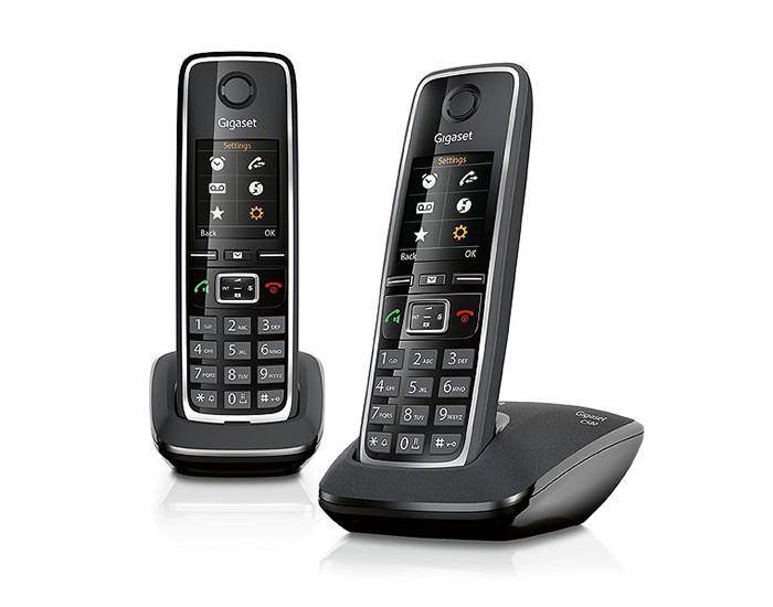 Радиотелефон Gigaset C530 DUO BlackРадиотелефон Dect<br>Gigaset c530 duo black всегда полезен и удобен!<br>Два — всегда лучше, чем один, особенно, когда это касается современного и очень функционального радиотелефона. Такого, как Gigaset c530 duo black. К чему мы это говорим? Все дело в том, что при покупке этой модели, вы получаете целых два аппарата: радиотрубку-базу и дополнительную радиотрубку. Кстати, при желании вы всегда сможете подключить к базе до 6 радиотрубок!<br>Весь необходимый функционал в каждой трубке: интерком, спикерфон, телефонная книга, конференцсвязь, автоматический определитель номера, Caller ID — словом, все...<br>