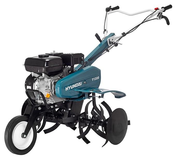 Культиватор Hyundai T 1200Мотоблоки и культиваторы<br><br><br>Тип: культиватор<br>Объем топливного бака: 3 л<br>Ширина обработки почвы: 30-90 см<br>Тип двигателя: бензиновый, четырехтактный<br>Производитель и модель двигателя: Hyundai IC210<br>Объем двигателя: 208 куб. см<br>Мощность двигателя: 7 л.с. при 3600 об/мин<br>Тип редуктора: цепной<br>Количество передач: 2 вперед, 1 назад<br>Реверс: есть