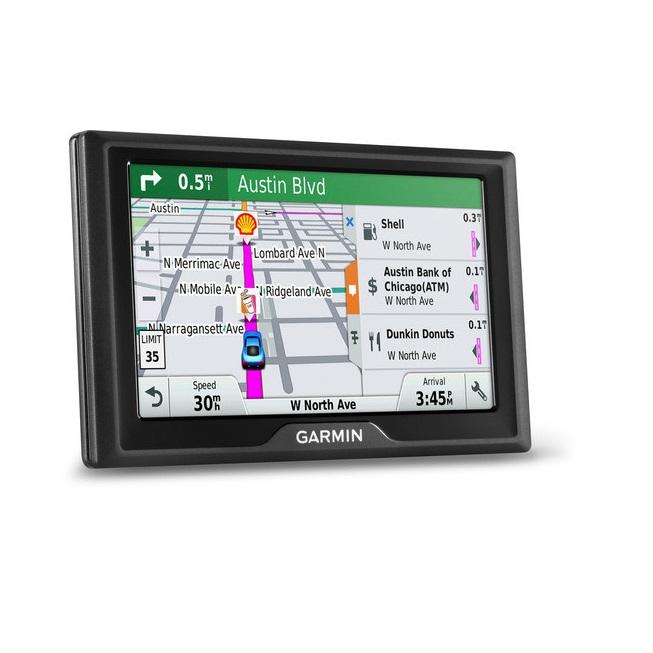 GPS навигатор Garmin Drive 40 RUS LMT [010-01956-45]GPS навигаторы<br>GPS навигатор Garmin Drive 40 – ваш верный помощник в дороге!<br><br>Этот автомобильный навигатор, который знает и умеет все, поможет выбрать наикратчайший маршрут в любой ситуации, предупредит о наличии опасных поворотов, железнодорожных переездах, тропах миграции диких животных и других местах, которые могут стать для водителя неожиданностью. Устройство автоматически предупреждает водителя о выезде на полосу с односторонним движением, а также о необходимости быть внимательнее вблизи учреждений образования. Обширная база радаров и скоростных камер ...<br><br>Область применения: универсальный<br>Голосовые сообщения: есть