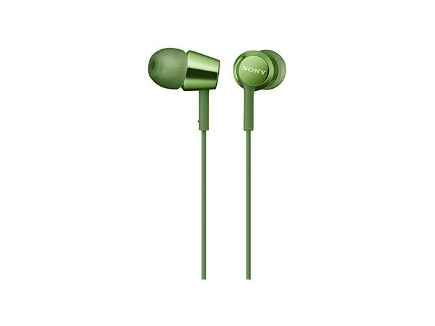 Наушники Sony MDR-EX155AP GreenНаушники и гарнитуры<br>- Компактность и высокое качество звука<br>Высокочувствительные 9-миллиметровые динамики в компактном корпусе обеспечивают четкое звучание верхних частот и мощные басы.<br><br>- Встроенный пульт и микрофон для звонков в режиме гарнитуры<br>Отвечайте на звонки в режиме гарнитуры и переключайте треки, не прикасаясь к смартфону, — это возможно благодаря встроенному в кабель пульту управления и микрофону.<br><br>- Устойчивый к спутыванию кабель<br>Устойчивый к спутыванию и перекручиванию рифленый кабель обеспечивает комфорт при использовании наушников.<br><br>- Вкладыши...<br><br>Тип: гарнитура<br>Вид наушников: Вставные<br>Тип подключения: Проводные<br>Диапазон воспроизводимых частот, Гц: 5 - 24000<br>Микрофон: есть