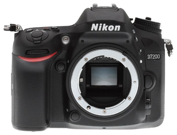 Зеркальный фотоаппарат Nikon D7200 BodyЦифровые зеркальные фотоаппараты<br><br><br>Стабилизатор изображения: нет<br>Носители информации: SD, SDHC, SDXC<br>Видеорежим: есть<br>Звук в видеоклипе: есть<br>Вспышка: есть<br>Кроп фактор: 1.5<br>Тип матрицы: CMOS<br>Размер матрицы: APS-C (23.5 x 15.6 мм)<br>Число эффективных пикселов, Mp: 24.2 млн<br>Чувствительность: 100 - 3200 ISO, Auto ISO