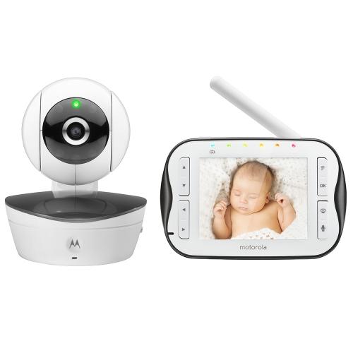 Радионяня Motorola MBP43S WhiteРадионяни<br>Видеоняня Motorola MBP43S – это цифровая беспроводная видеоняня с диагональю экрана 3.5&amp;#39;&amp;#39;, устройство, которое позволяет родителям присматривать за малышом, занимаясь при этом своими делами. Видеоняня передает качественное видеоизображение в радиусе 200 метров, оснащена чувствительным микрофоном, датчиком температуры и функцией ночного видения.<br><br>Дизайн<br>Видеоняня Motorola MBP43S состоит из детского и родительского блоков.<br>Детский блок состоит из верхней части, имеющей форму шара, и нижней части, которая выполняет роль подставки. Устройство смотрится...<br><br>Дальность (откр.пространство): 200 метров