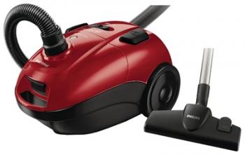 Пылесос Philips FC 8455/01Пылесосы<br><br><br>Тип: Пылесос<br>Потребляемая мощность, Вт: 2000<br>Мощность всасывания, Вт: 350<br>Тип уборки: Сухая<br>Регулятор мощности на корпусе: Есть<br>Возможность подключения турбощётки: Есть<br>Функция сбора жидкости: Нет<br>Турбощётка в комплекте: Есть<br>Длина сетевого шнура, м: 6<br>Фильтр тонкой очистки: Есть